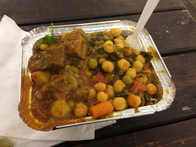 Curried lamb on the left, chickpeas on the right, rice underneath. Basically the English Defence League's worst nightmare.